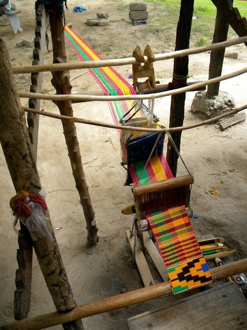 Kente cloth Loom
