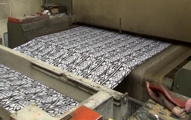 Fabric stentored again into drying machine