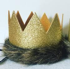 fur crown