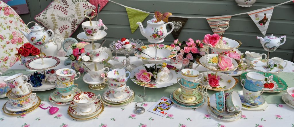 This image has an empty alt attribute; its file name is Tea-Party-1024x444.jpg