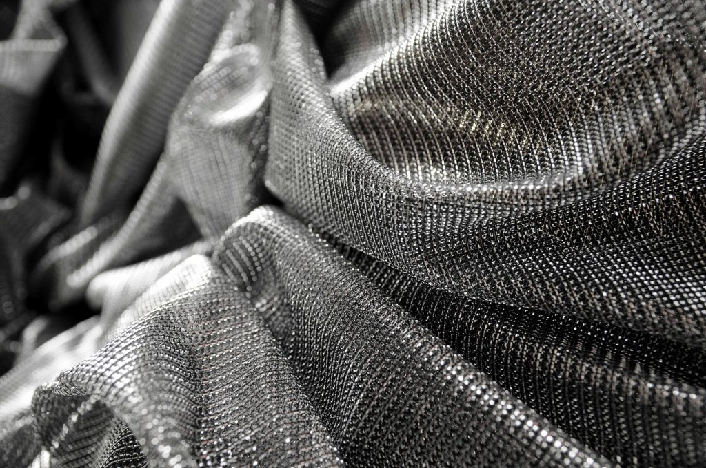 pewter silver large chain lurex fabric for fashion display and Christmas