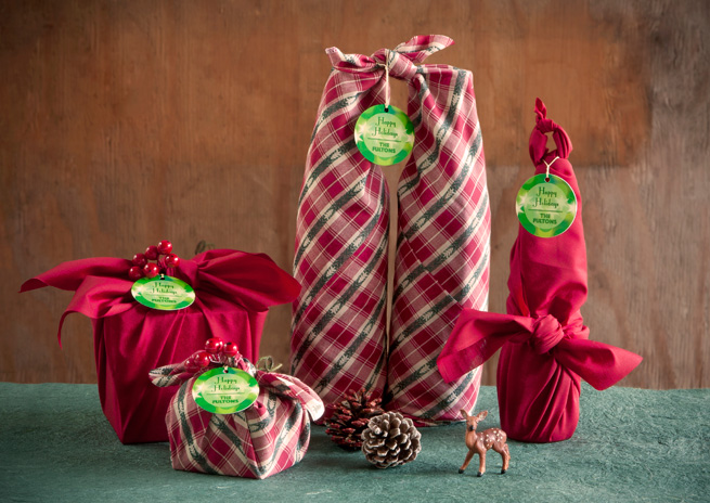 Present Wrapping With Fabric : Furoshiki For Our Future