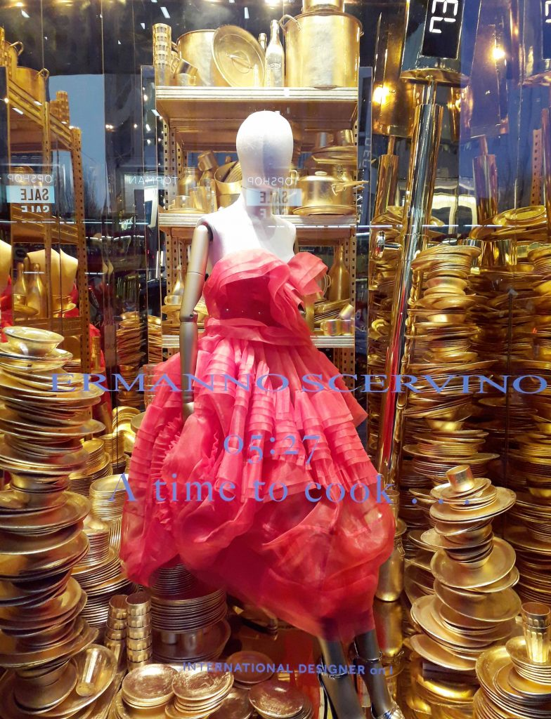 Harrods 2018 Christmas window gold washing up