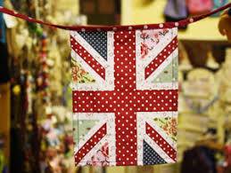 Upcycle Bunting ; Two Looks One Inspiration